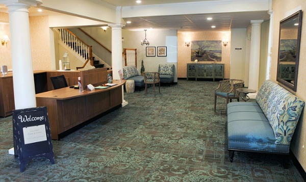 Federal-Way-Retirement-Living-Remodel-Reception-Area.jpg