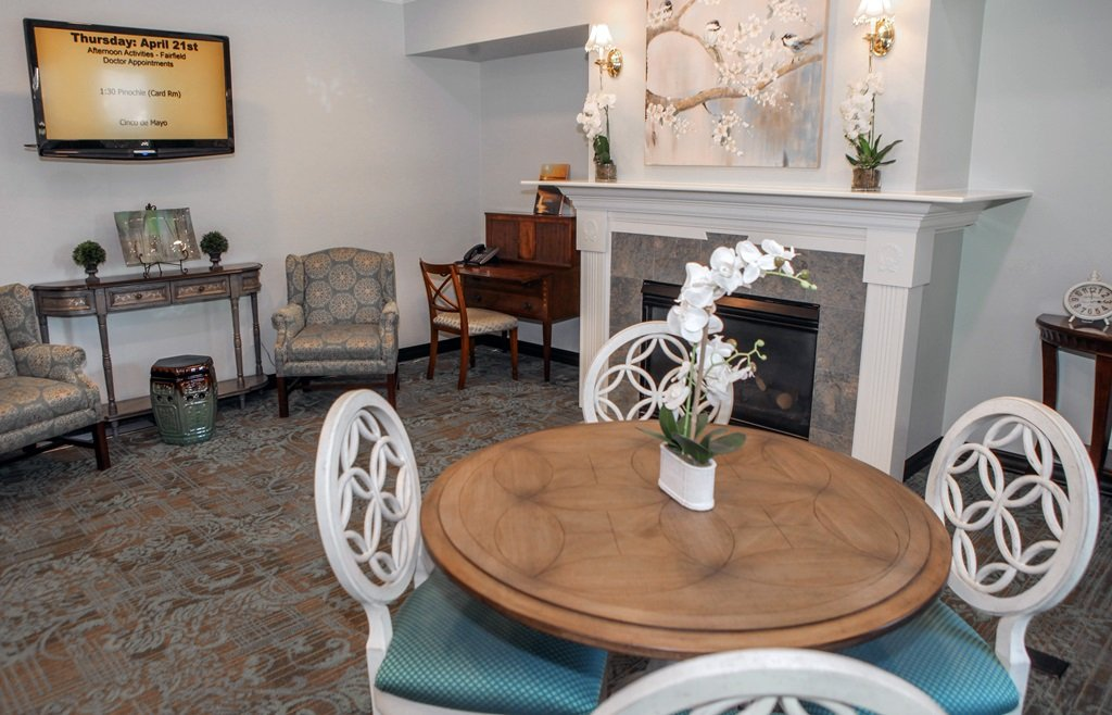 Federal-Way-Retirement-Living-Remodel-Sitting-Area.jpg